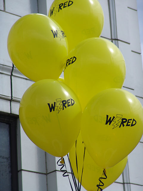 wired-print-balloons